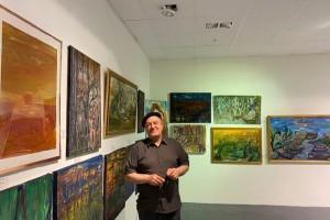 """نبيل تومي يقيم معرضا شخصيا في ستوكهولم تحت عنوان """"ثلاثون عاما من الفن"""" يضم مائة لوحة"""