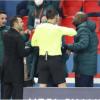 """دوري أبطال أوروبا: """"لفظ عنصري"""" يتسبب في تأجيل مباراة باريس سان جيرمان وإسطنبول باشاكشهر"""